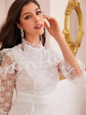 vestido branco noivas  romântico todo bordado com zíper
